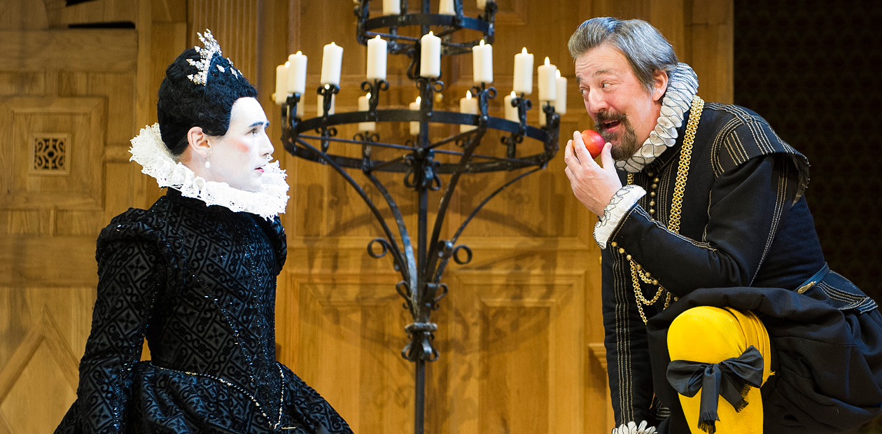 Mark Rylance and Stephen Fry in the Shakespeare's Globe production of Twelfth Night at the Apollo Theatre, London. Photo: Tristram Kenton