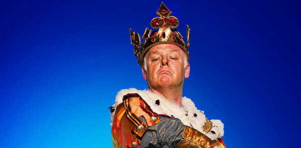 Les Dennis and Warwick Davis to join the cast of Spamalot