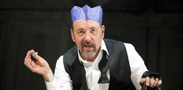 "Kevin Spacey – theatre is more ""liberating"" than TV"