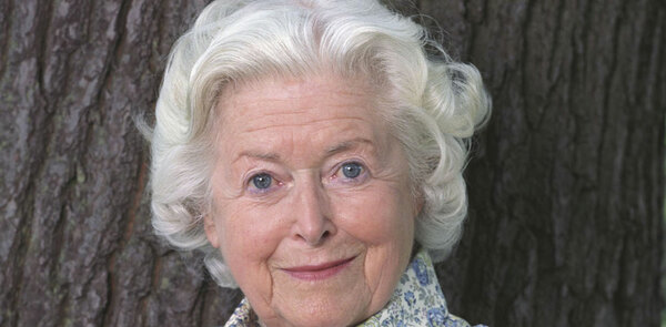 Archers actor June Spencer presented lifetime achievement prize at audio drama awards