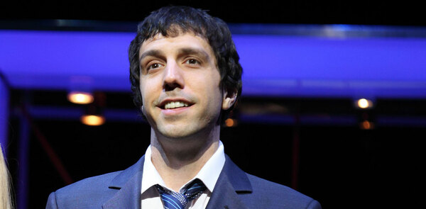 Alex Gaumond to replace Rufus Hound in Dirty Rotten Scoundrels