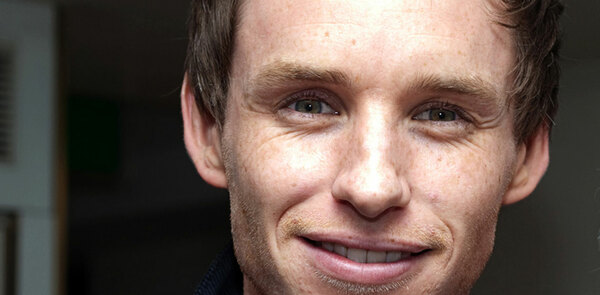 Eddie Redmayne and Joanne Froggatt fly the British flag at the Golden Globes