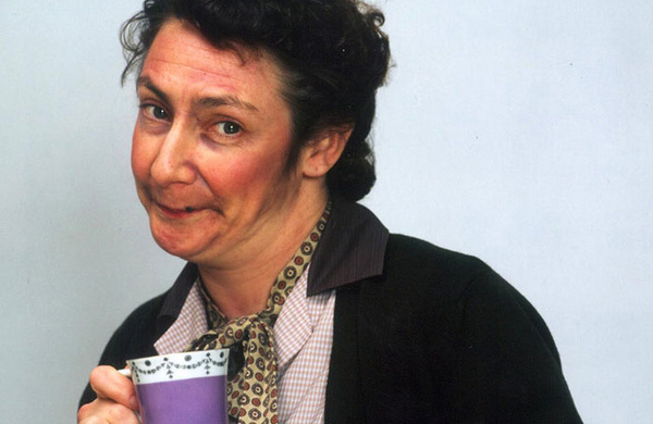 Father Ted's Pauline McLynn to star in East is East tour