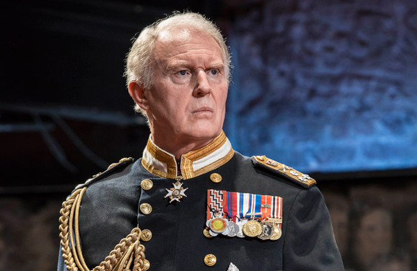 Tim Pigott-Smith claims government treats actors like 'rogues and vagabonds'