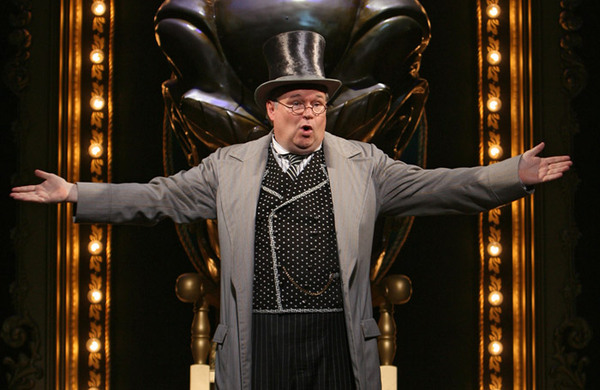Tom McGowan joins West End cast of Wicked