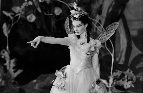Vivian Leigh costumes by Oliver Messel to go on display