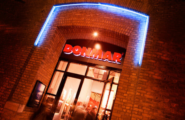 Donmar, Royal Court and BAC offer backstage apprenticeships