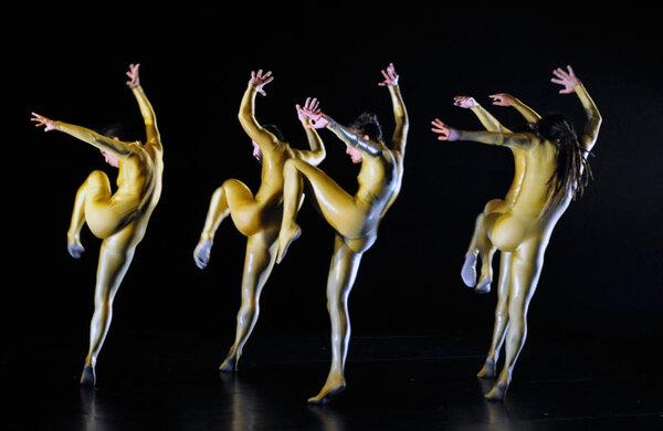 Hofesh Shechter seeks dancers to reboot apprenticeship programme