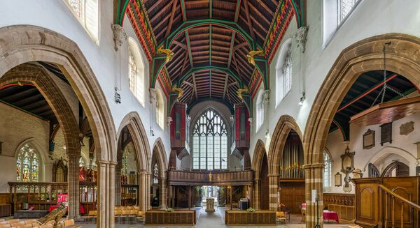 Richard III to be staged in cathedral where king is buried