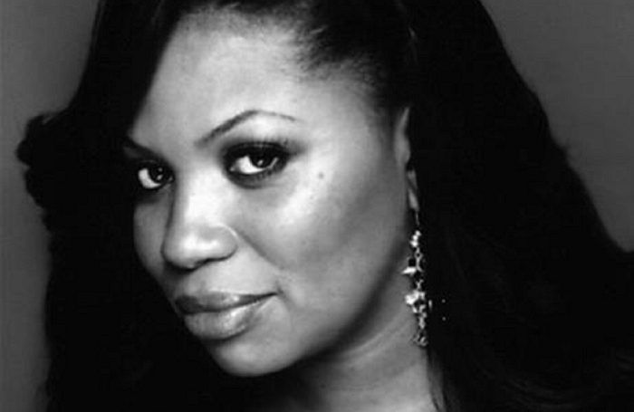 Brenda Edwards has been cast in the Hairspray tour