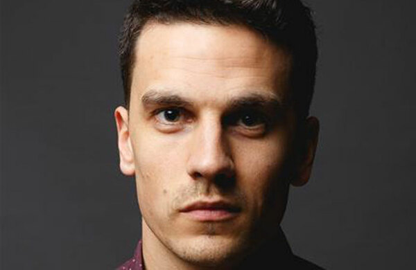 Aaron Sidwell cast in 2018 Wicked tour
