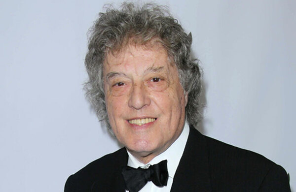Tom Stoppard wins £40,000 David Cohen prize
