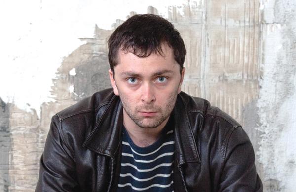 Alexander Zeldin wins £10,000 Arts Foundation award
