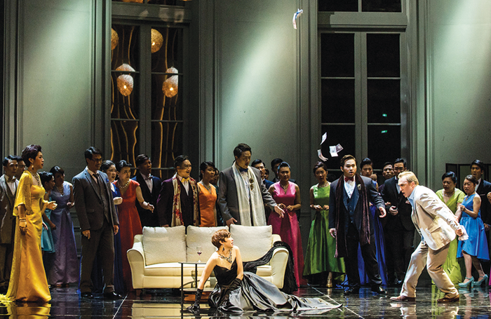 La Traviata at the Weiwuying Spring Arts Festival (2016). Photo: Lafun Photography