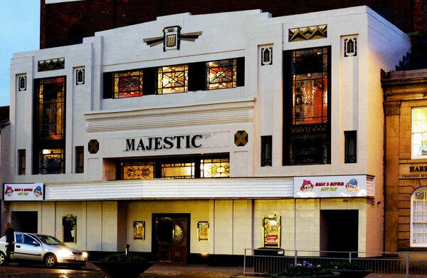 Darlington's Majestic Theatre closes leaving debts of £16k