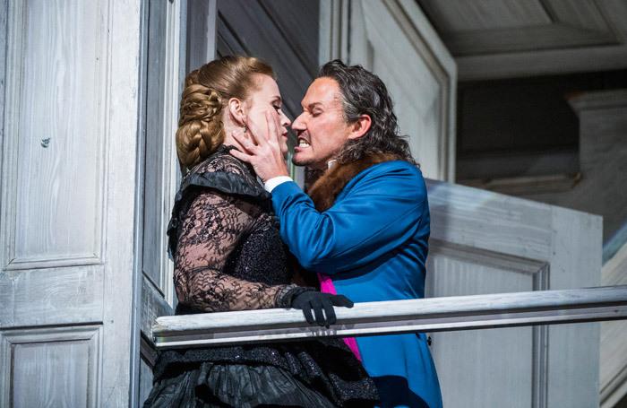 Rachel Willis-Sorensen  and Mariusz Kwiecien in Don Giovanni at Royal Opera House, London. Photo: Tristram Kenton