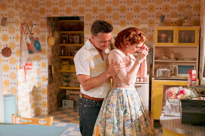 Richard Harrington and Katherine Parkinson in Home, I'm Darling. Photo: Manuel Harlan