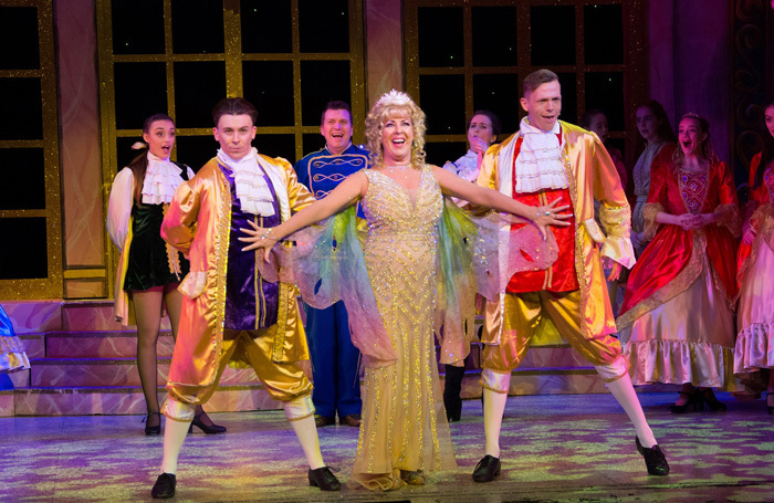 Hilary O'Neal and the cast of Cinderella at Devonshire Park Theatre, Eastbourne. Photo: Peter Gurr