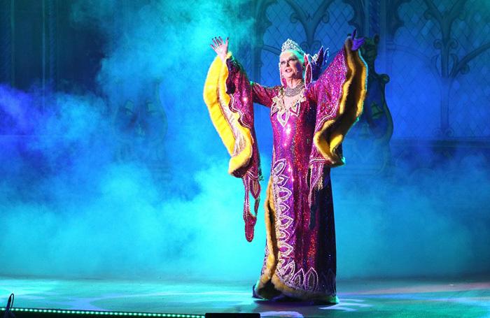 Kim Woodburn in Snow White and the Seven Dwarfs at Epstein Theatre, Liverpool. Photo: David Munn