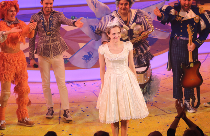Tamara Harvey received a standing ovation after stepping in to replace an injured actor in Dick Whittington at Theatr Clwyd