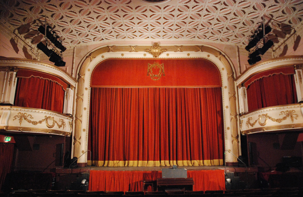 Theatre Royal Drury Lane seats find new homes in theatres around the UK