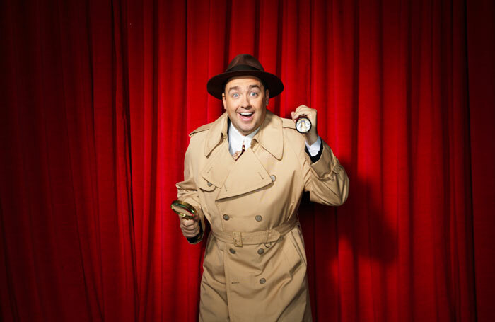 Jason Manford will star in the UK tour of Curtains