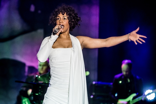 Whitney – Queen of the Night