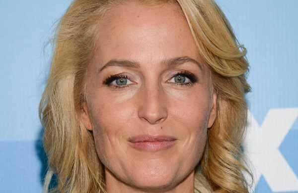 Gillian Anderson and Damian Lewis among stars appearing in Park Theatre murder mystery show