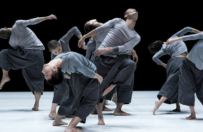 Tao Dance Theatre's 9 at Sadler's Wells, London. Photo: Fan Xi