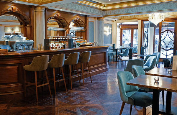 Cameron Mackintosh partners with chef Jason Atherton to launch all-day bar at Victoria Palace