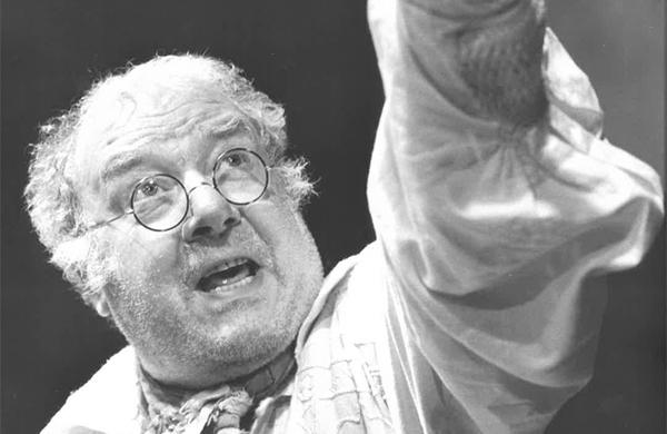 Obituary:Freddie Jones –'splendid actor and natural stage animal'