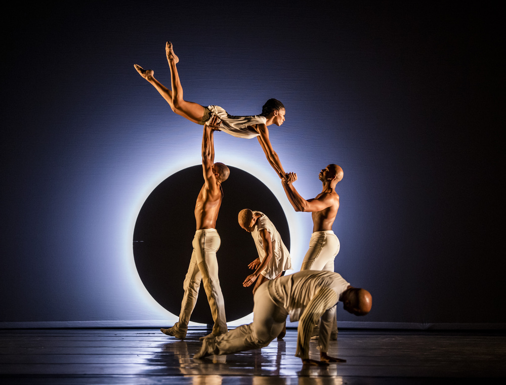 A scene from En by Alvin Ailey American Dance Theater at Sadler's Wells. Photo: Tristram Kenton