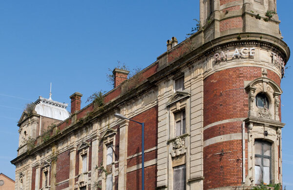Derelict Swansea Palace Theatre to be redeveloped as retail and office space