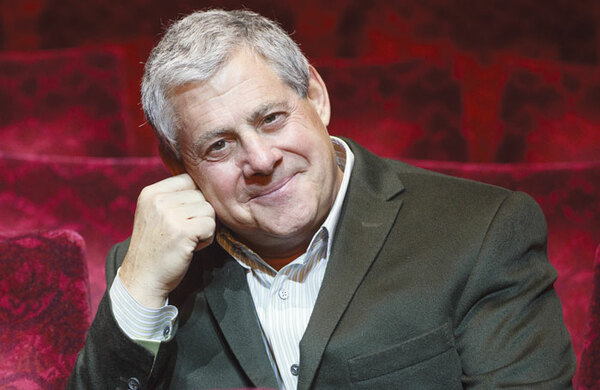 Cameron Mackintosh to receive 2019 Gielgud Award for Excellence in the Dramatic Arts