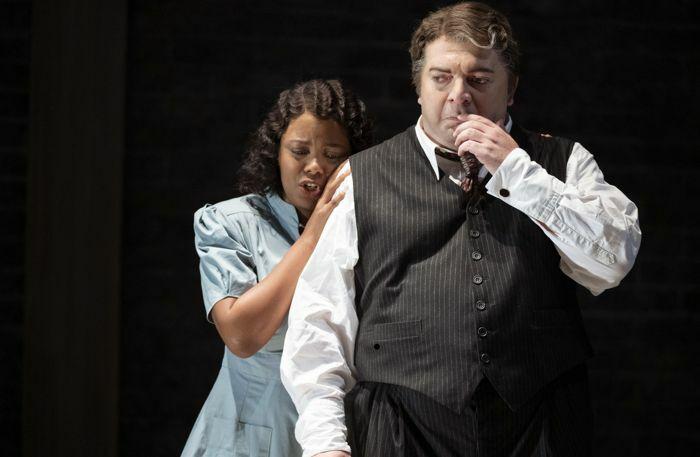 Vuvu Mpofu and Nikoloz Lagvila in Rigoletto © Glyndebourne Productions Ltd. Photo: Richard Hubert Smith