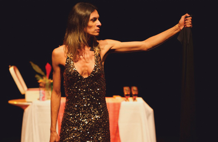 Renata Carvalho in O Evangelho segundo Jesus, Rainha do Céu.