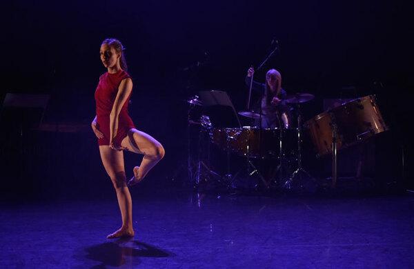Joss Arnott Dance: 5|0