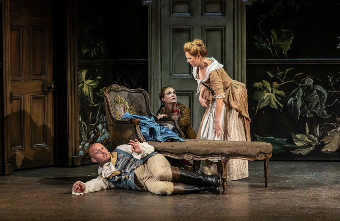 Toby Girling, Wallis Giunta and Ellie Laugharne in Le nozze di Figaro at The Grange Festival 2019. Photo: Clive Barda