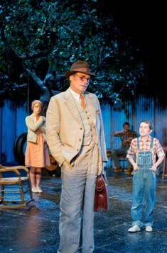 To-Kill-A-Mockingbird-at-Barbican.-Robert-Sean-Leonard-(Atticus-Finch)-and-Ava-Potter-(Scout-Finch).-Photographer-Manuel-Harlan-(3).jpg