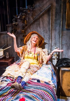 Grey Gardens-Southwark Playhouse-107