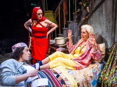 Grey Gardens-Southwark Playhouse-234