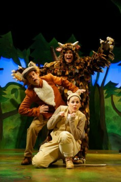 Gruffalo2015FoxTrio2 ellie bell, timothy Richey & Owen Guerin (as The Gruffalo)