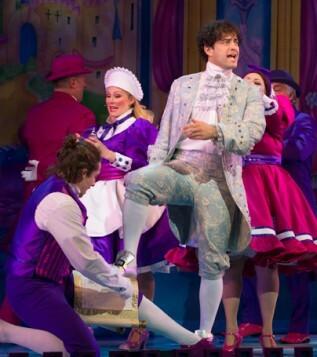Cinderella-at-the-London-PalladiumLee-Mead-(Prince-Charming)