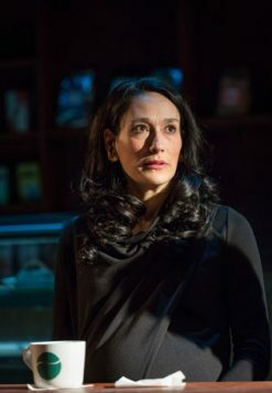 Sian-Clifford-in-Gloria-at-Hampstead-Theatre,-photo-by-Marc-Brenner