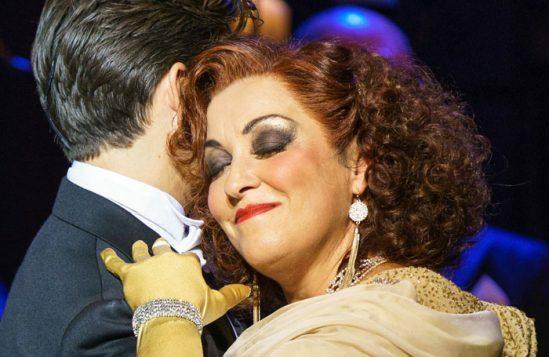 SUNSET-BOULEVARD.-Danny-Mac-'Joe-Gillis'-and-Ria-Jones-'Norma-Desmond'