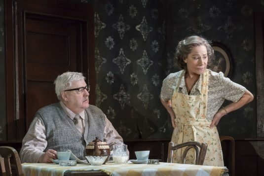 Peter-Wight-Petey-and-Zoe-Wanamaker-Meg-in-The-Birthday-Paty-Photo-by-Johan-Persson