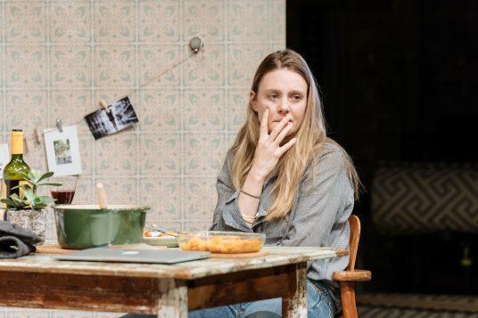 The Writer at the Almeida. Romola Garai. Photo credit Manuel Harlan (10)