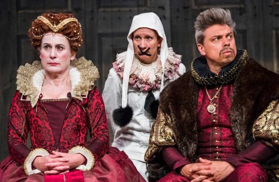 Hamlet-Shakespeare's-Globe-24-04-18-Dress-1008
