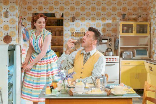 007 Richard Harrington as Johnny and Katherine Parkinson as Judy in Home, I'm Darling (c) Manuel Harlan