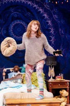 Maisie Williams (Caroline) in I and You at Hampstead Theatre. Photo credit Manuel Harlan.